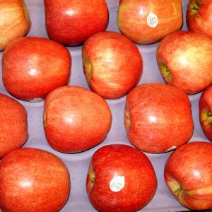 organic apples packaged